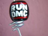 38. Koralik Biegnący DMC (RUN DMC wykonany nazamówienie)